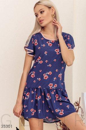 Синее платье с ассиметричным кроем