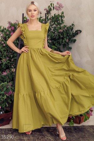 Оливковое платье с оборками