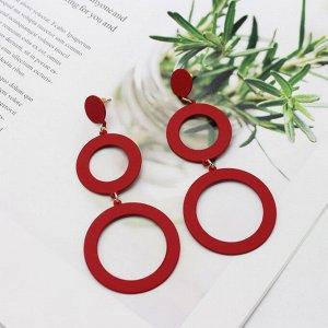 Длинные серьги красные матовые кольца