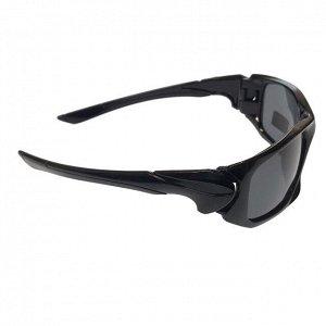 Стильные мужские очки Onix в чёрной оправе с чёрными линзами.