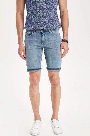 шорты Размеры модели: рост: 1,83 грудь: 98 талия: 82 бедра: 96 Надет размер: 30 Elastan 1%, Хлопок 99%