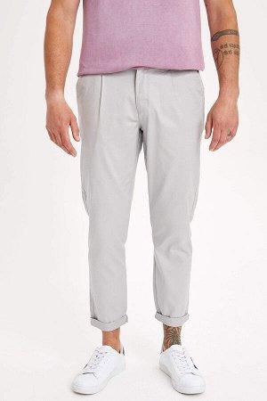 брюки Размеры модели: рост: 1,82 грудь: 98 талия: 81 бедра: 96 Надет размер: размер 30 - рост 32  Хлопок 98%,Elastan 2%