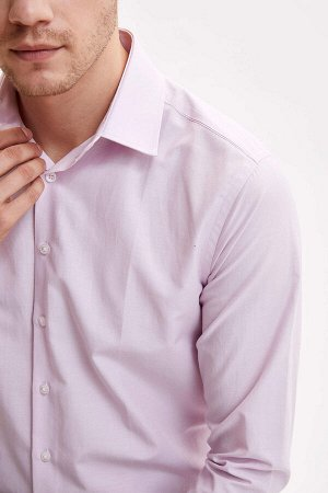 рубашка Размеры модели: рост: 1,89 грудь: 99 талия: 75 бедра: 99 Надет размер: M  Хлопок 55%, Полиэстер 45%