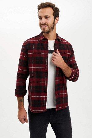 рубашка Размеры модели: рост: 1,9 грудь: 97 талия: 81 бедра: 95 Надет размер: M  Полиэстер 15%, Хлопок 40%, Акрил 45%