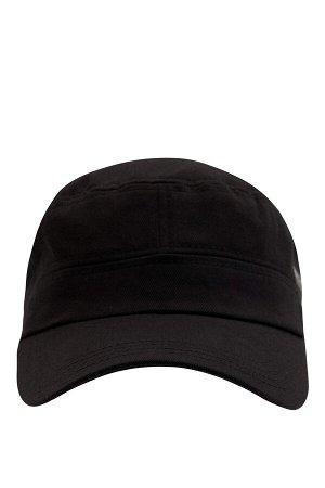 шапка Размеры модели: рост: 1,88 грудь: 98 талия: 80 бедра: 98 Надет размер: STD  Хлопок 100%