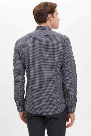 рубашка Размеры модели: рост: 1,89 грудь: 98 талия: 80 бедра: 95 Надет размер: M  Хлопок 60%, Полиэстер 40%