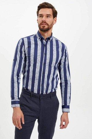 рубашка Размеры модели: рост: 1,86 грудь: 96 талия: 82 бедра: 94 Надет размер: M  Хлопок 97%,Elastan 3%