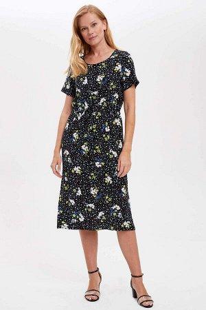 Платья Размеры модели: рост: 1,75 грудь: 82 талия: 60 бедра: 91 Надет размер: 36 Вискоз 100%