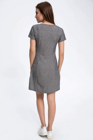 Платья Размеры модели: рост: 1,72 грудь: 88 талия: 60 бедра: 90 Надет размер: S Хлопок  35%,Полиэстер 65%