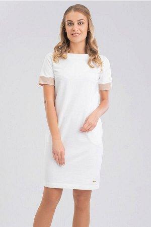 Белый В нашем каталоге появились чудесные трикотажные платья в лучших фасонах и длине. Платье легкого овального силуэта элегантной длины с карманами в боковых швах, что делает это изделие максимально