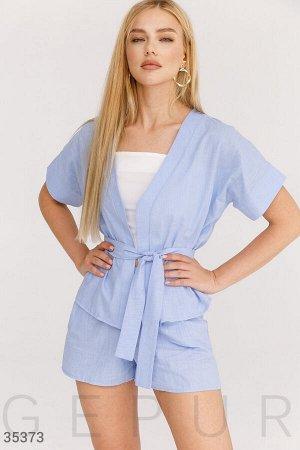 Летний голубой костюм