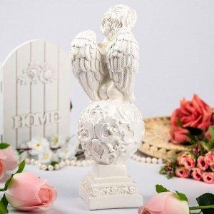 "Статуэтка ""Ангел на шаре"" белый, 35 см"