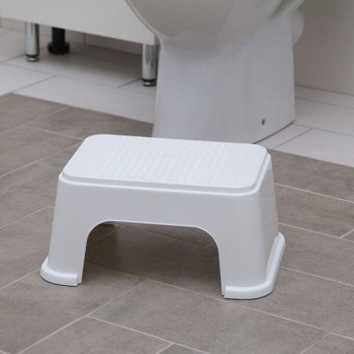 Красивая и удобная ванная: Мебель, смесители, аксессуары — Табуреты, подставки