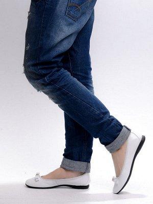 Балетки Страна производитель: Китай Тип носка: Закрытый Цвет: Белый Размер женской обуви x: 36 Каблук/Подошва: Плоская подошва Сезон: Лето Стиль: Повседневный Материал верха: Натуральная кожа Материал