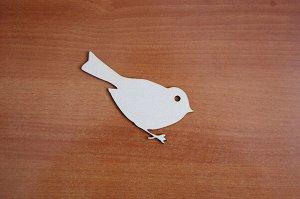 Птичка Птичка (продается в палетках), размеры 12*12 см, материал: фанера 3 мм.   Заготовка продается в палетках. Для сохранности при транспортировке детали на палетках не прорезаны до конца. Не выламы
