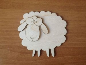 Овца Овца, (продается в палетках), размеры 10*10 см, материал: фанера 3 мм.   Заготовка продается в палетках. Для сохранности при транспортировке детали на палетках не прорезаны до конца. Не выламывай