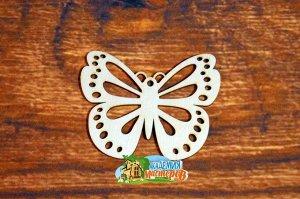 Бабочка Бабочка, (продается в палетках), размер 10*8 см, материал фанера 3 мм.   Это изделие может быть использовано как новогоднее украшение на елку.  Заготовка выполнена из влагостойкой фанеры толщи