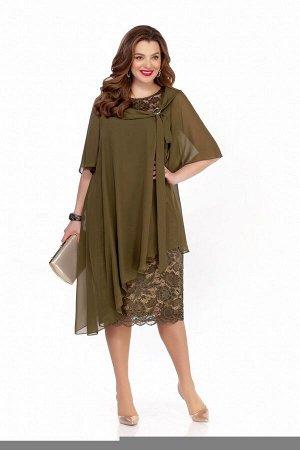 Платье Платье TEZA 235 хаки  Состав ткани: Вискоза-20%; ПЭ-80%;  Рост: 164 см.  Платье трапециевидного силуэта с втачными рукавами. Верхний слой платья из мягкой струящейся ткани сильно расширен к ни