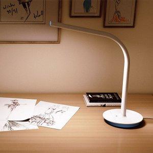 Проводная настольная лампа