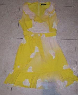 Красивое платье Trendyol