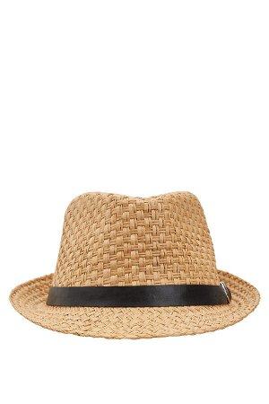 шапка Размеры модели: рост: 1,82 грудь: 98 талия: 81 бедра: 96 Надет размер: STD Ka??t 70%,Polietilen 30%
