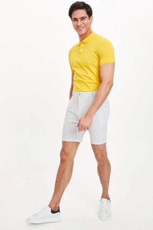 шорты Размеры модели: рост: 1,88 грудь: 98 талия: 80 бедра: 98 Надет размер: 32 Elastan 3%, Вискоз 33%, Полиэстер 64%