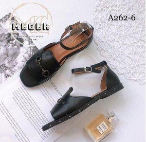 Босоножки Обувь отличного качества из искусственных материалов!  Стильные босоножки!