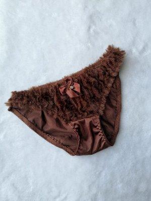 Трусики Трусики с пиканьным коричневым мехом.