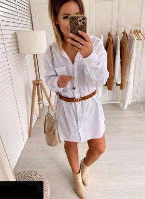 Платье Платье-сарафан - оптимальный выбор для жаркого лета. Легкие натуральные ткани и открытая линия плеч позволяет чувствовать себя комфортно.