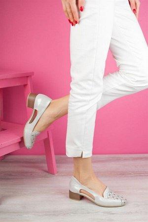Изящные туфельки на 35 размер или узкую стопу 35-36.