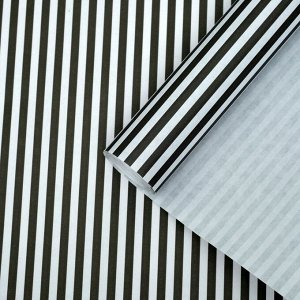 "Бумага упаковочная крафт ""Полоски черные"" 0,5 х 10 м, 70 гр/м2"