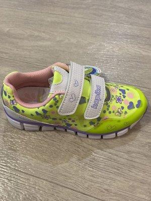 Кроссовки для девочки «Капика»