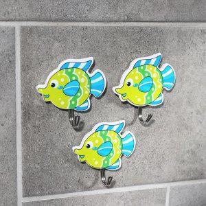 Набор крючков на липучке Доляна «3 рыбки», 3 шт, цвет МИКС