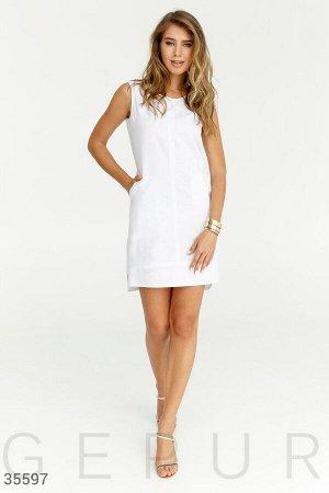 Строгое летнее платье белого цвета