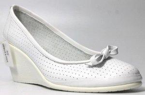 Туфли Страна производитель: Турция Размер женской обуви x: 36 Полнота обуви: Тип «F» или «Fx» Сезон: Лето Тип носка: Закрытый Форма мыска/носка: Закругленный Каблук/Подошва: Танкетка Высота каблука (с
