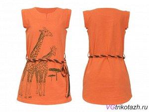 Платье Состав: 100% хлопок Ткань: Кулирка Классное платье в стиле сафари, с жирафами - крутой летний прикид Фигурные проймы, шлевки и поясок. Спинка удлиненная.