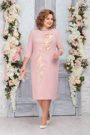 Платье Платье Ninele 5763 пудра  Сезон: Весна Рост: 164  Платье полуприлегающего фасона станет основой вашего стильного, изысканного образа. Оно слегка заужено к низу и подчеркивает стройность ног. П