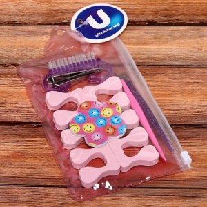 Набор для педикюра в футляре 7шт, цвет микс, (раз-ли, пилка, щетка и кусачки, триммеры), 10,5*16см