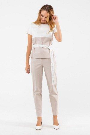 Прямая блуза с коротким рукавом и поясом на талии