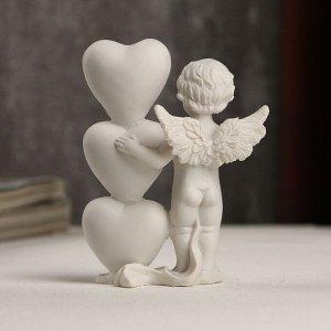 """Сувенир полистоун """"Белоснежный ангел с сердечками со словом LOVE"""" 8,3х6,3х3 см"""