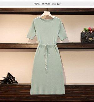 Платье светло-зеленое