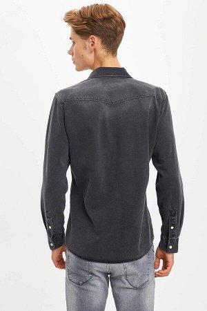 рубашка Размеры модели: рост: 1,89 грудь: 95 талия: 82 бедра: 89 Надет размер: M  Хлопок 100%