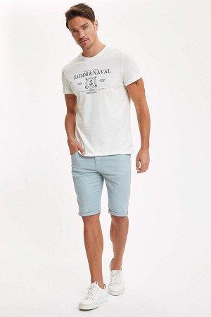 шорты Размеры модели: рост: 1,89 грудь: 100 талия: 81 бедра: 97 Надет размер: 30 Elastan 3%, Хлопок 97%