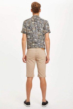 шорты Размеры модели: рост: 1,89 грудь: 95 талия: 82 бедра: 89 Надет размер: 30  Хлопок 97%,Elastan 3%