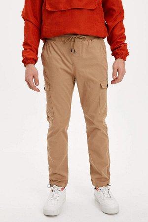 брюки Размеры модели: рост: 1,85 грудь: 98 талия: 78 бедра: 83 Надет размер: 30 Elastan 2%, Хлопок 98%