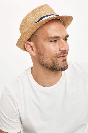 шапка Размеры модели: рост: 1,82 грудь: 98 талия: 81 бедра: 96 Надет размер: STD Polietilen 30%,Ka??t 70%