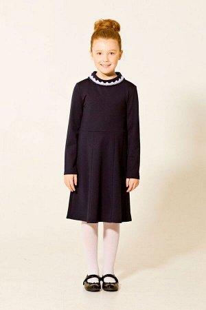 Платье 2.70.1(синий)  Для девочек младшего школьного возраста.  Платье трикотажное свободного силуэта, отрезное по линии талии, со слегка расклешенной шестиклинной юбкой. Воротник отложной с настрочен
