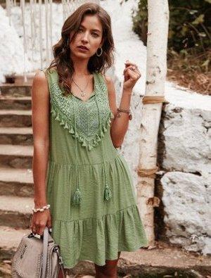 Женское платье, зеленое, с бахромой