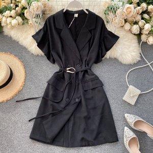 Платье, черный