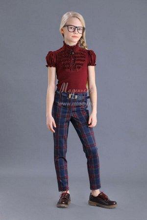 Брюки Ткань: трикотаж костюмный Состав: 45%вискоза, 48%полиамид, 7%эластан Школьные брюки в клетку для девочки. Современная школьная форма - это не обязательно сарафан, платье или юбка. Более удобн